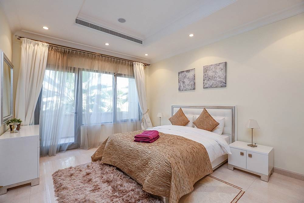 6-Bedroom-Villa-Palm-Jumeirah-Kennedy-Towers