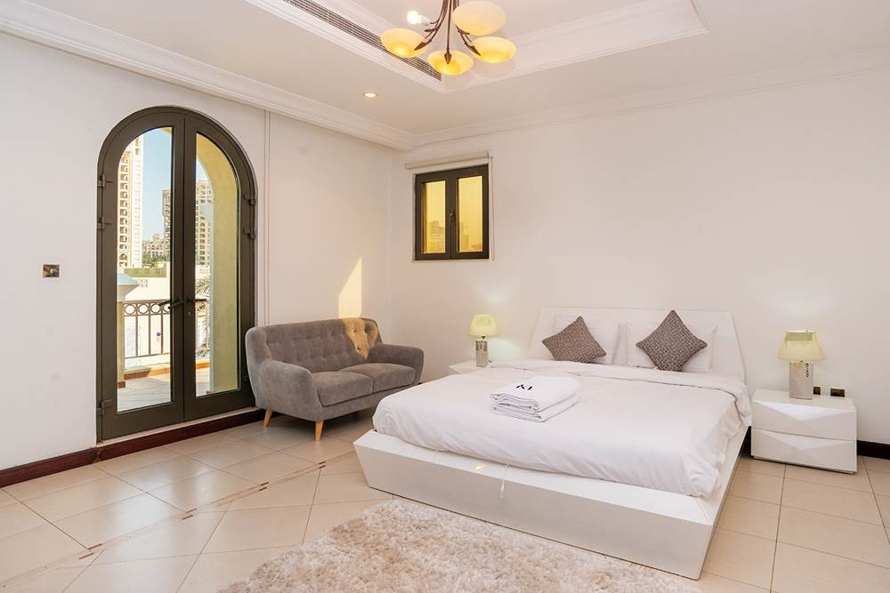 Kennedy Towers Palm Jumeirah Frond P Bedroom 2