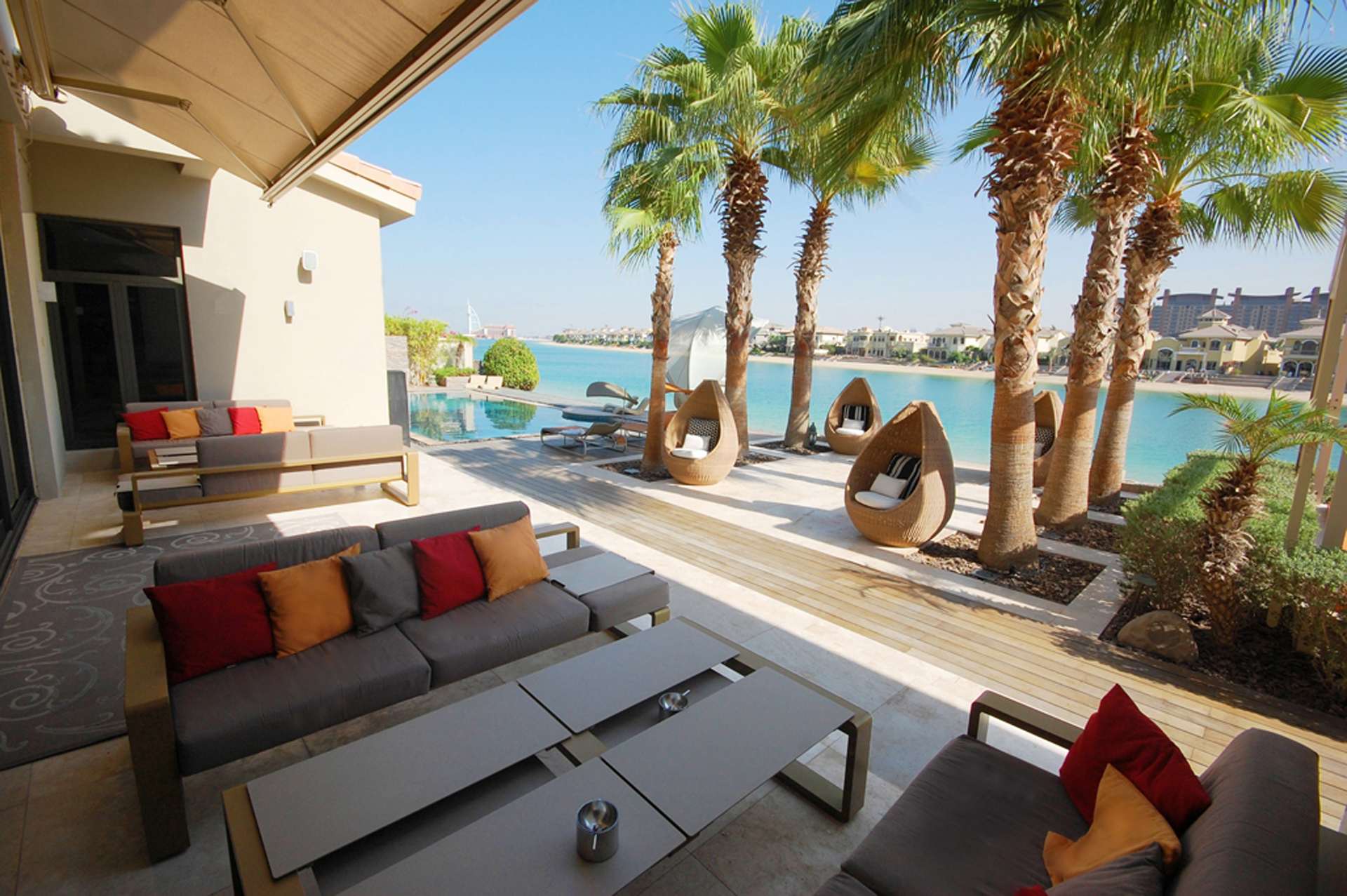 4-Bedroom-Villa-Frond-C-Palm-Jumeirah-Kennedy-Towers