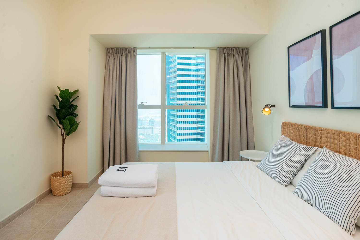 kennedy towers dubai marina elite residence bedroom view right
