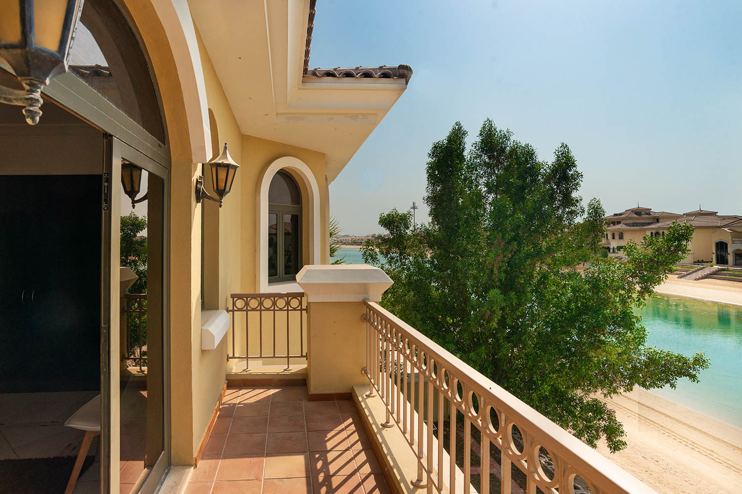 Kennedy Towers Palm Jumeirah Frond P Bedroom 3 Balcony